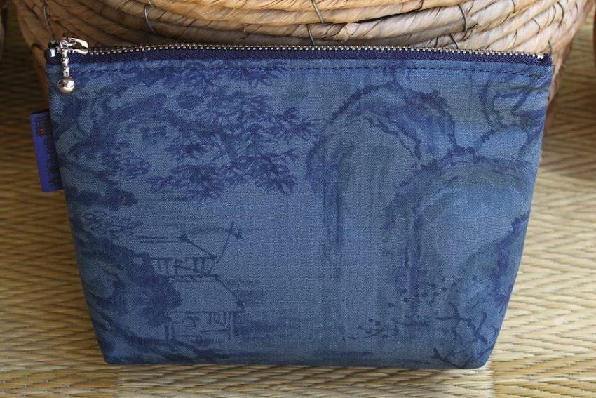 Pochette multi-usage – Kimono Estampe bleue