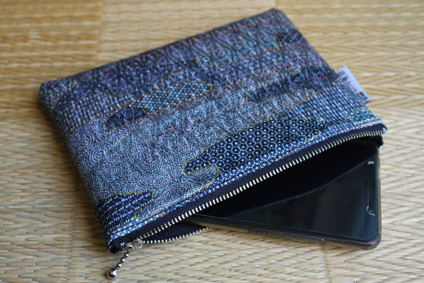 Thin pouch – Blue Edo Komon