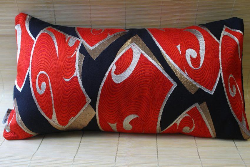 Housse de coussin – Éventail Rouge et Noir