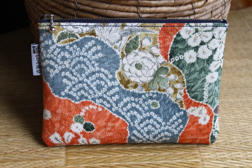 Thin pouch – Japanese Peonies