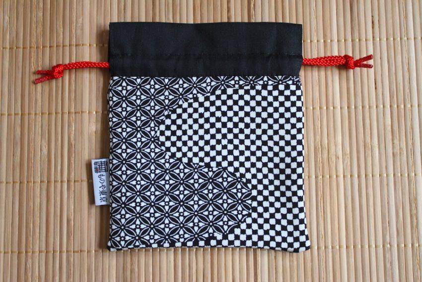 Bourse kinchaku – Kimono Noir à Motifs
